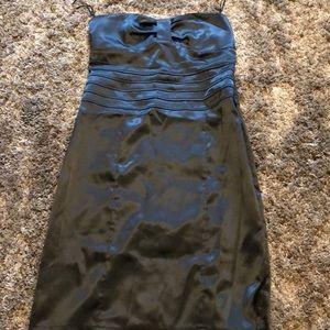 Dresses & Skirts - Black satin strapless dress